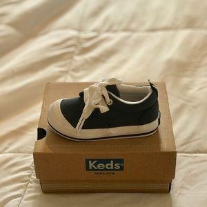 c0d9000105d Keds boys graham sneaker. Size 4.5. NIB